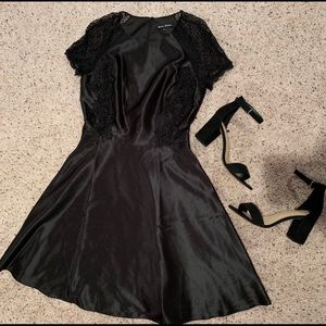 Dresses & Skirts - Black A-like satin dress with lace accents